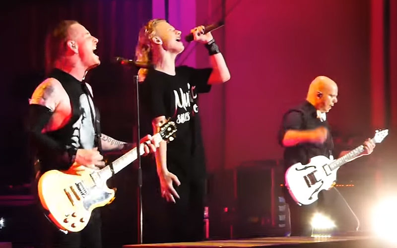 "Corey Taylor's Son Griffin Sings ""Song #3"" With Stone Sour ..."